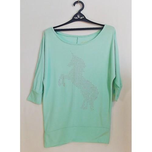 Блуза трикотажная на рост 140/146 см