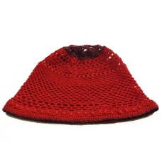Шапка красная вязанная