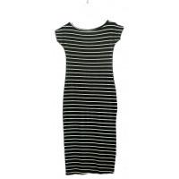 Платье в полоску с разрезами
